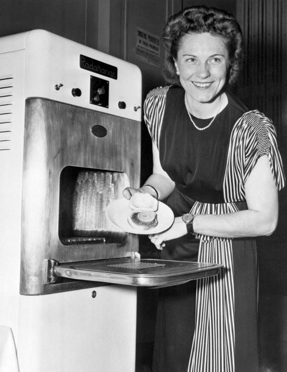 Microwave Oven 1946 ~ Cómo nos han cambiado la vida avances tecnológicos